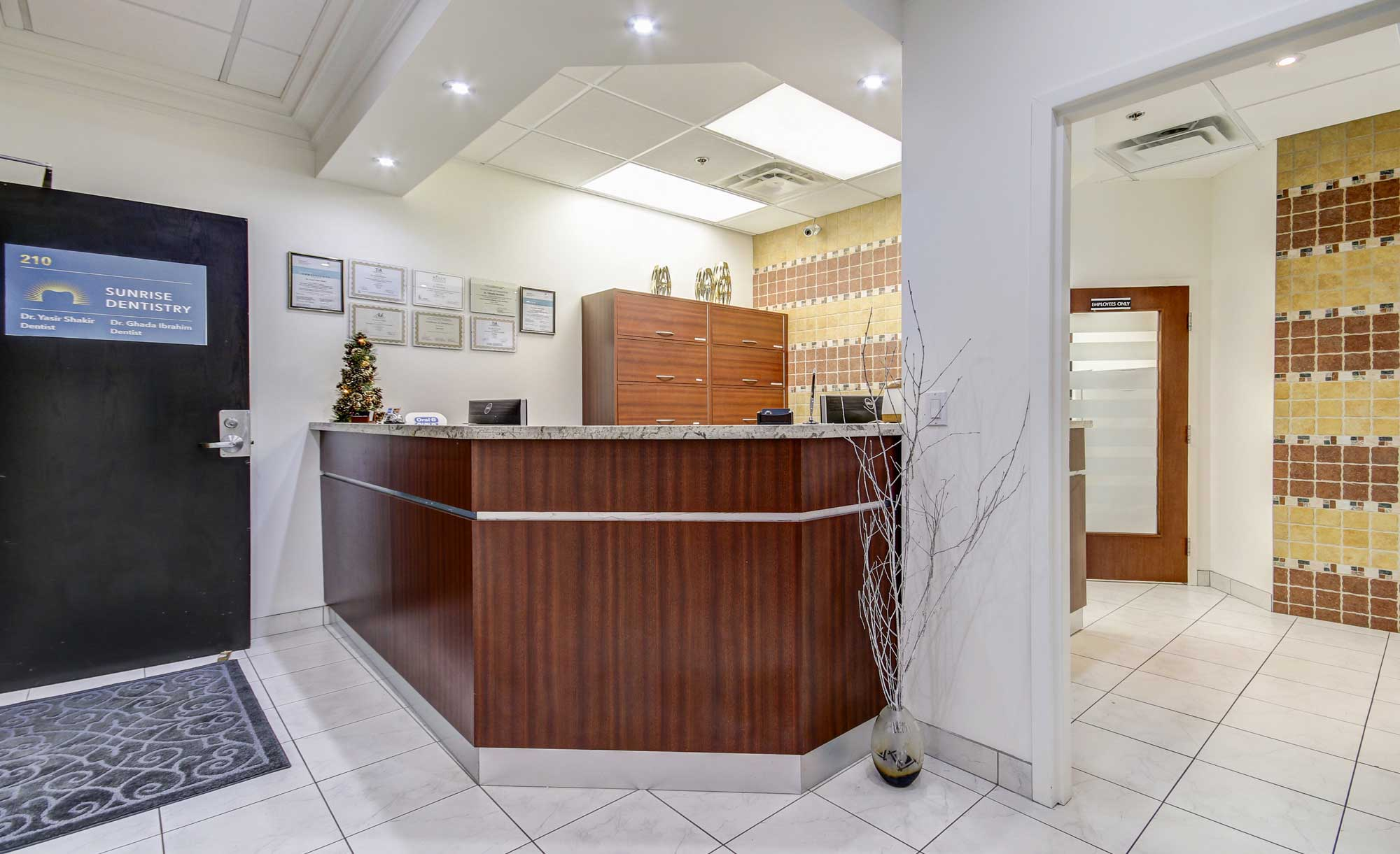 Dentist Etobicoke - Sunrise Dentistry Clean Dental Clinic